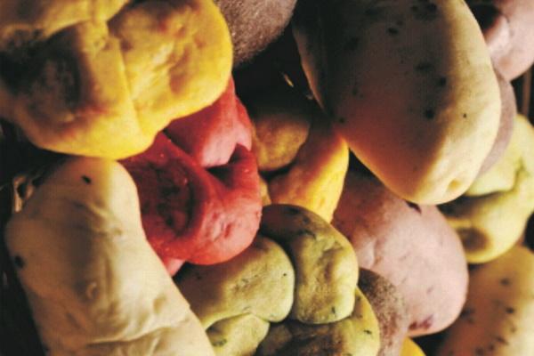 Couverts de cenoura, azeitona, beterraba, dendê e outros
